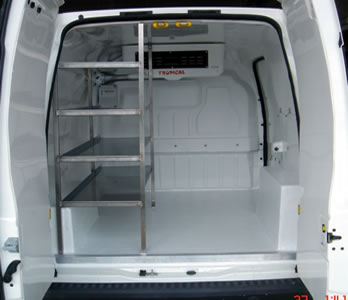 Van refrigerator chamber with shelves for catering